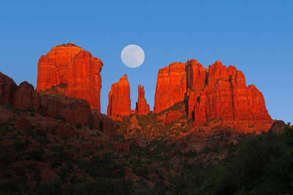 sedona-full-moon